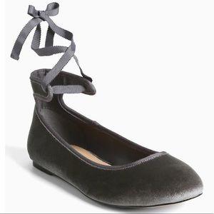 Torrid Velvet Ankle Tie Ballet Flats In Gray SZ 7
